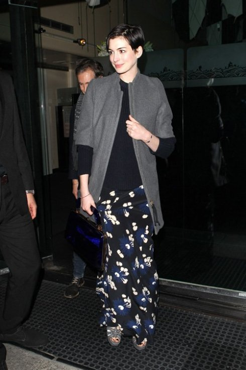anne-hathaway-beverly-hills-pic150296