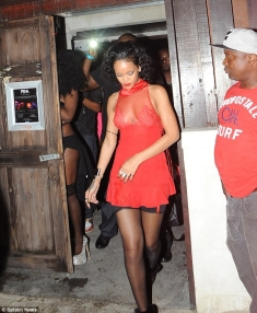 rihanna-leaving-party-barbados-pic153247