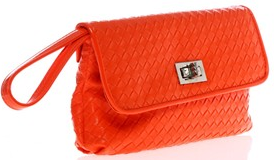 Pochette orange – Chic and go via Brandalley – 32 euros -  – 50 % 16 euros 17f5d1d8a43